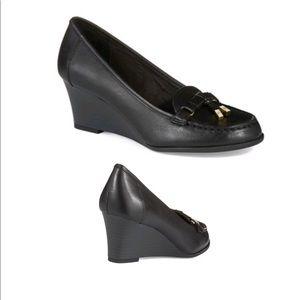 Shoes - Lauren Ralph Lauren black wedge loafers size 10